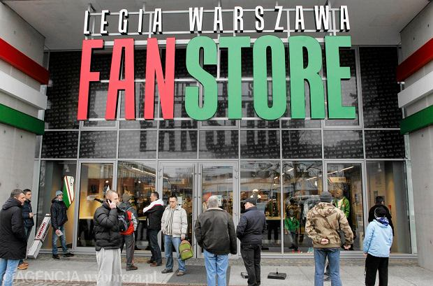 Czy sklep legii jest drogi Sklepy designerskie warszawa