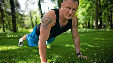 Nicolas Prusiński, ma 28 lat, jest osobistym trenerem fitness niemieckich polityków z kręgu Angeli Merkel i gwiazd show-biznesu