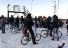 W Rosji przy granicy z Norwegi� zaczyna brakowa� miejsc dla uchod�c�w