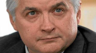 """PiS-owski wiceminister o tym, co """"uwa�a"""" ws. Smole�ska. Cimoszewicz ostro: """"Nie z ka�dym durniem..."""""""