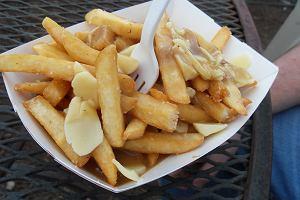 To, w czym dostajesz frytki lub hamburgera, trafia do jedzenia. I jest bardzo szkodliwe - przyznają badacze
