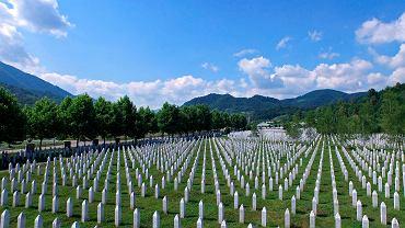 Cmentarz upamiętniający ofiary masakry w Srebrenicy