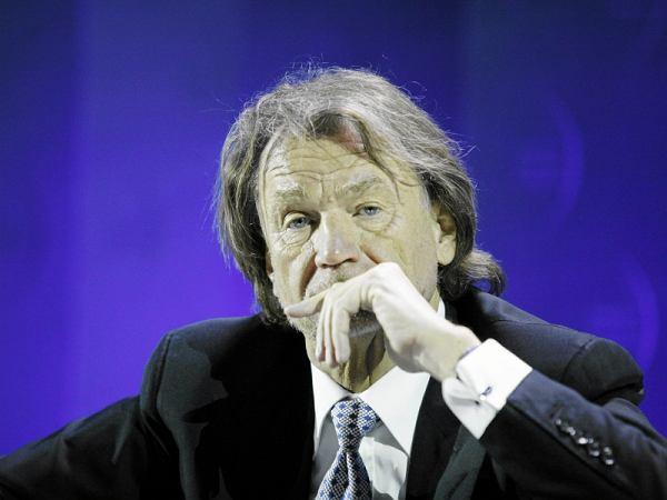 """Jan Kulczyk, najbogatszy Polak, nie żyje. ''To był drobny zabieg, dziś miał wyjść ze szpitala"""""""