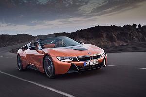 BMW i8 Roadster - sportowa hybryda ściąga dach