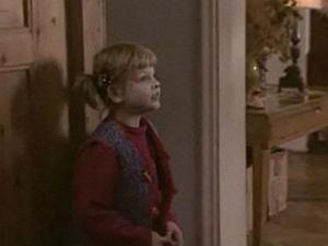 Nie każdy pamięta, ale zanim w 'Klanie' pojawiła się Agnieszka Kaczorowska, Bożenkę Lubicz grała zupełnie inna aktorka. Przez pierwsze dwa lata na ekranie mogliśmy oglądać Olivię Sivelli. To ona odgrywała trudne sceny w domu dziecka. Jak dzisiaj wygląda aktorka i czym się zajmuje? Zobaczcie!