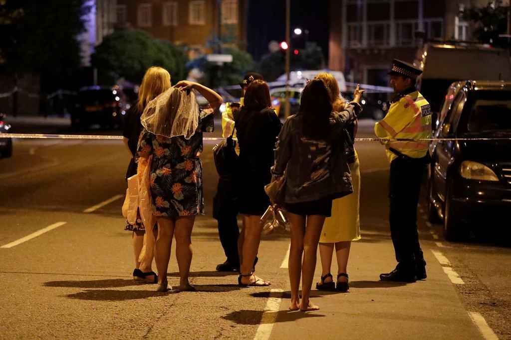 Atak w Londynie zastał mieszkańców miasta w pubach i na ulicach [ZDJĘCIA]