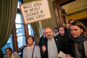 PiS nie zgodził się na wysłuchanie publiczne w sprawie likwidacji gimnazjów