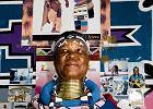 Esther Mahlangu: Zamiast pędzla wciąż używa kurzych piór