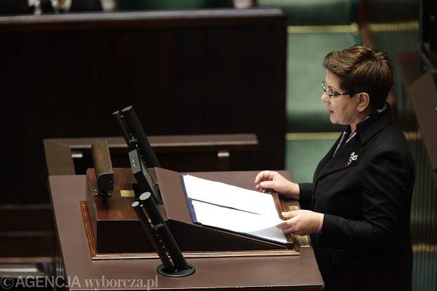 Nowa premier Beata Szydło podczas exposé