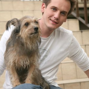 Pascal straci� ukochanego (wzi�tego ze schroniska psa) i co zrobi�?  Super!