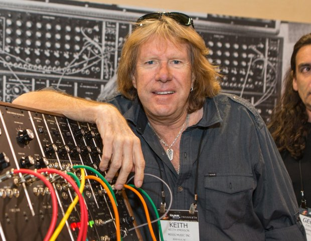 Keith Emerson znany z zespołu Emerson, Lake & Palmer zmarł wczoraj nad ranem.