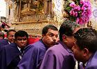 """Tłumy ubrane w fiolet na pielgrzymce w Limie. Czczą """"Pana cudów"""""""