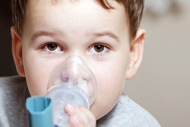 Mukowiscydoza to ciężka choroba genetyczna atakująca przede wszystkim układ oddechowy