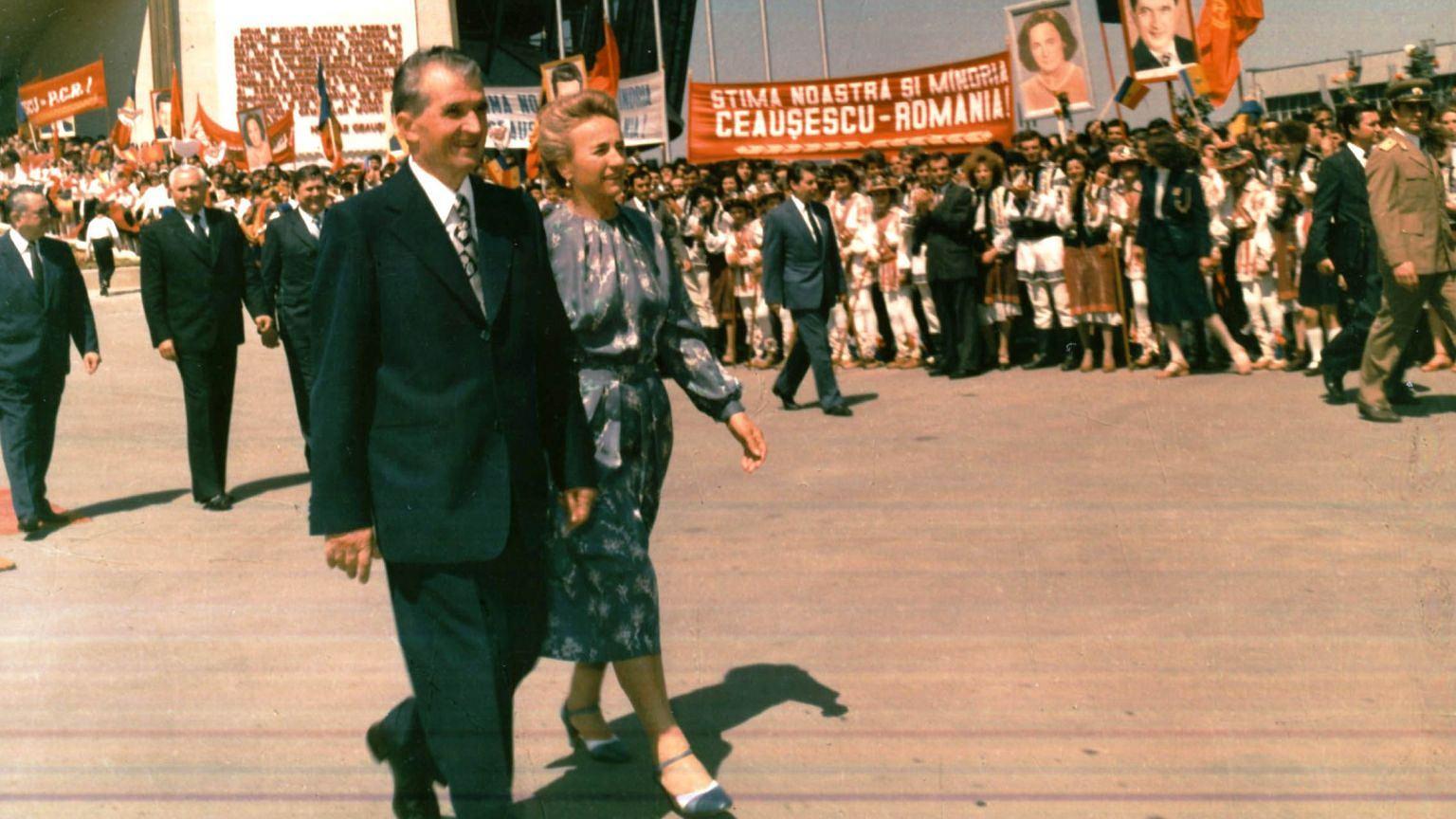 Kult jednostki Nicolae Ceausescu w pełnej krasie