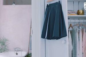 Jak korzystać ze steamera StyleTouch Pure w przypadku spódnicy z plisami