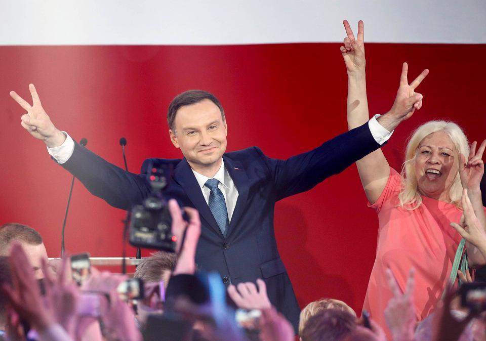Andrzej Duda na wieczorze wyborczym w sztabie PiS