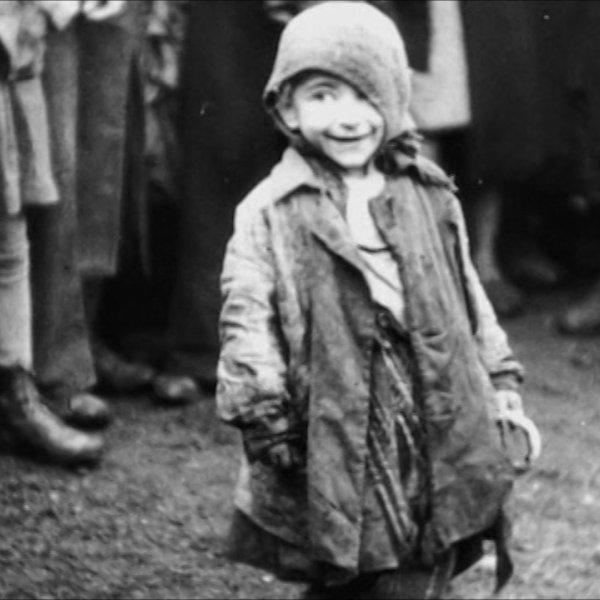 """""""Niedoko�czony film"""". Tak wygl�da�a manipulacja na niemieckich zdj�ciach z warszawskiego getta"""