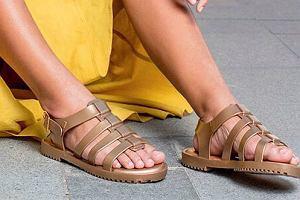 0cd48fd06 Sandały Melissa - modne modele w dużo niższej cenie