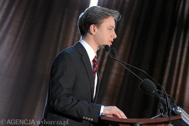 Krzysztof Bosak podczas przem�wienia na kongresie narodowc�w