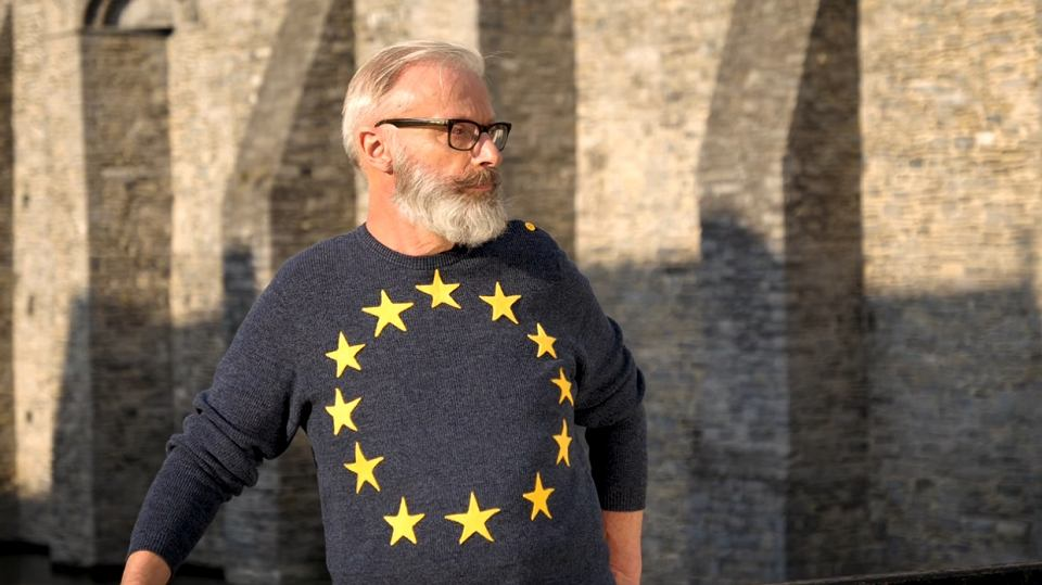 It's here: FASHION with the EUROPEAN FLAG!