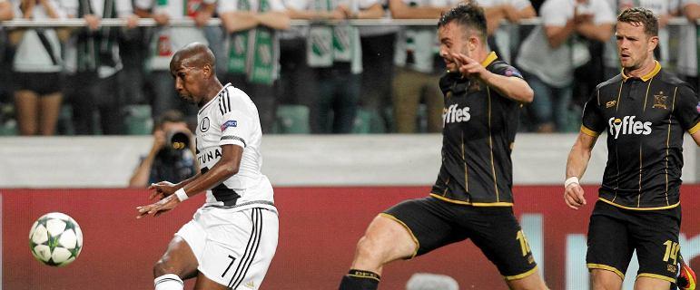 Real i Borussia w jednej grupie. Do nich trafi Legia? Trwa losowanie grup Ligi Mistrz�w