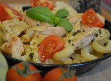 Pasta z kurczakiem w sosie �mietanowo-bazyliowym - ugotuj