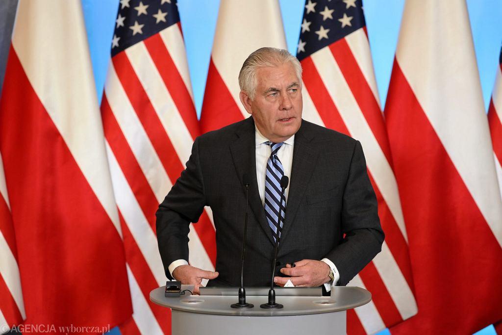 Sekretarz Stanu USA Rex Tillerson podczas konferencji prasowej po spotkaniu z premierem Mateuszem Morawieckim .
