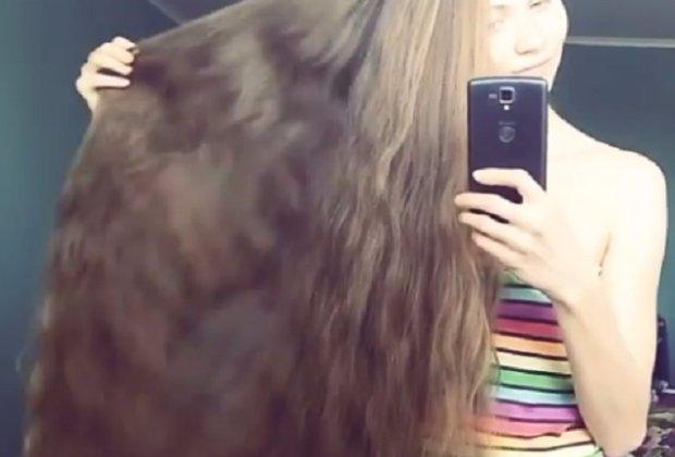 Ta Rosjanka zapuszczała włosy przez kilkanaście lat. I nie zamierza przestać! A efekt? [WIDEO]