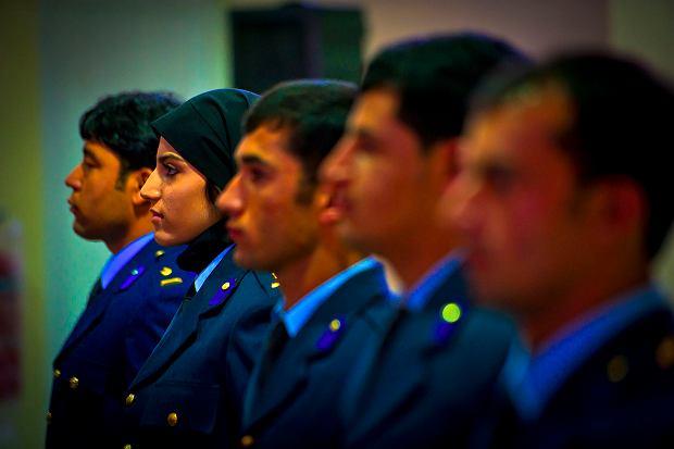 Pierwsza w Afganistanie kobieta-pilot wojskowy poprosiła o azyl w USA. Bo grożą jej talibowie i własna rodzina