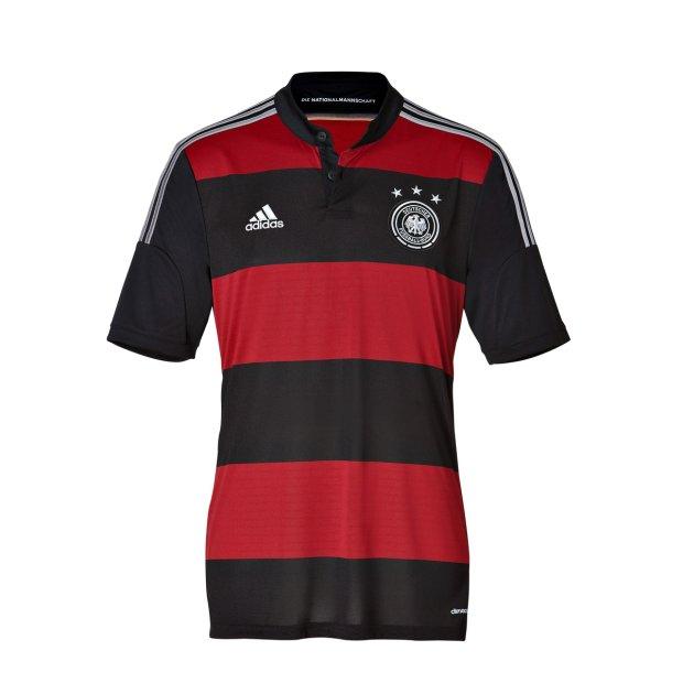 61382e2ca8e6 Zdjęcie numer 17 w galerii - Koszulki reprezentacji Niemiec. Jak zmieniały  się przez lata