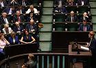 """Protest w Sejmie. Posłowie przyjęli ustawy dotyczące osób z niepełnosprawnościami. """"To zwycięstwo protestujących"""""""