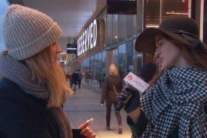 Magda: To moje pierwsze święta z mężem, chcemy mieć zdjęcie przy choince w sweterkach z reniferami [STREET FASHION]