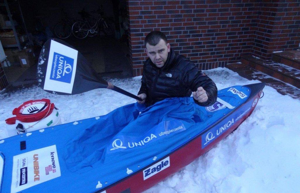 Marcin Gienieczko w swoim canoe