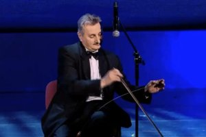 Tadeusz Biały, Must be the music