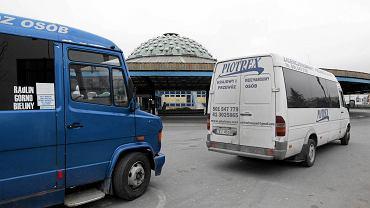 Busy na dworcu w Kielcach