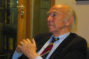 Nie żyje wybitny tłumacz i propagator polskiej kultury w Niemczech Karl Dedecius. Miał 94 lata