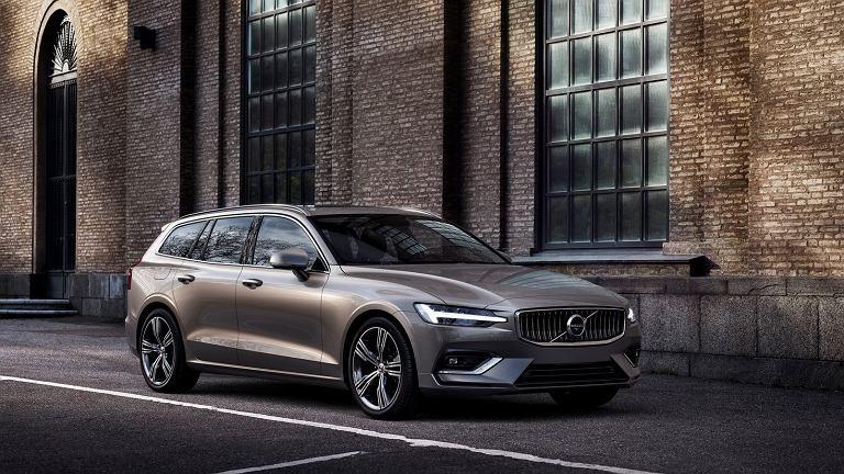 z23055476IE,Nowe-Volvo-V60-2018.jpg