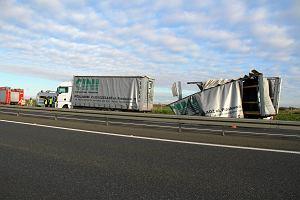 Na A4 zderzyło się osiem ciężarówek. Utrudnienia w ruchu