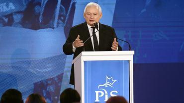 Prezes PIS Jarosław Kaczyński podczas konwencji partii, Warszawa 14.04.2018 r.