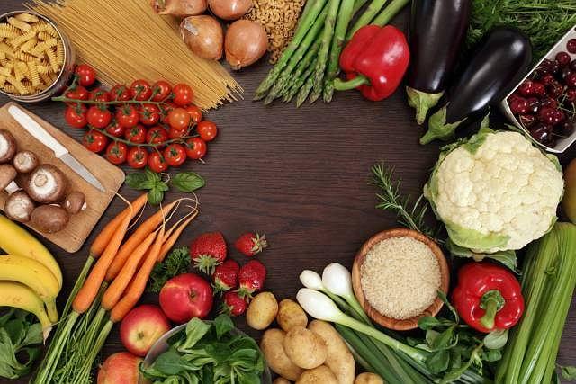 Niedożywienie to nie tylko skutek braku dostępu do pożywienia, ale i niedostarczanie organizmowi niezbędnych mu witamin i minerałów