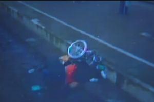 Brutalnie zaatakował poznaną w Częstochowie kobietę na wózku