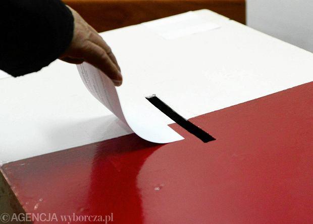 Wybory parlamentarne 2015. B��dy w kartach do g�osowania w Sosnowcu