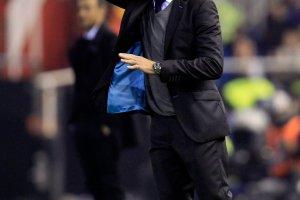 Liga hiszpa�ska. Gary Neville wci�� ma k�opot. Valencia nie wygra�a od jedenastu kolejek!
