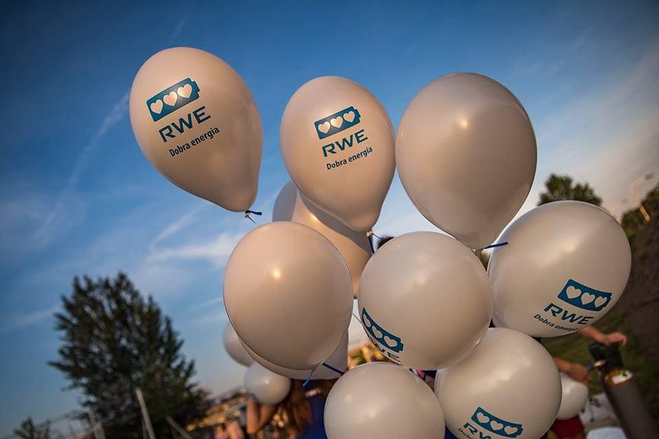 Neon RWE na Placu Zabaw / mat. promocyjne RWE