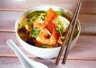 Zupa tajska - pomoże ci schudnąć! [2 PRZEPISY]