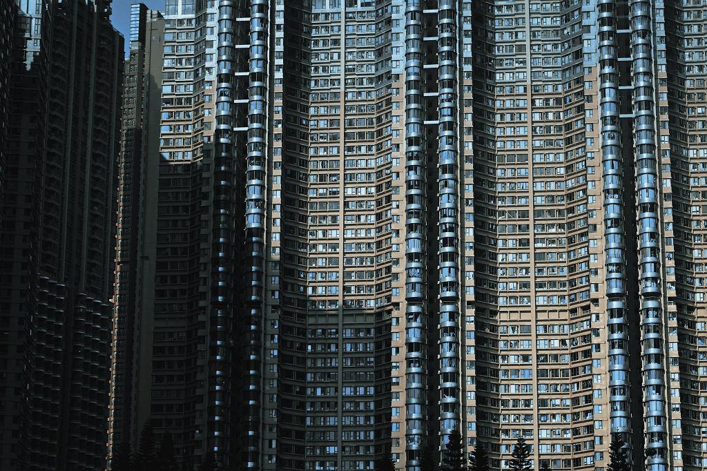 UFO  18 - 19 08  2018 r. Weekend - Page 2 Z23794037IH,Jeden-z-ogromnych-blokow-w-Hongkongu--Pan-Pawel-na
