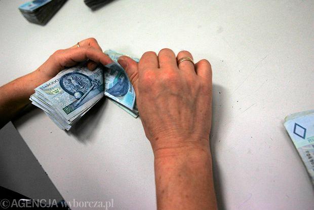 Wynagrodzenia wciąż rosną