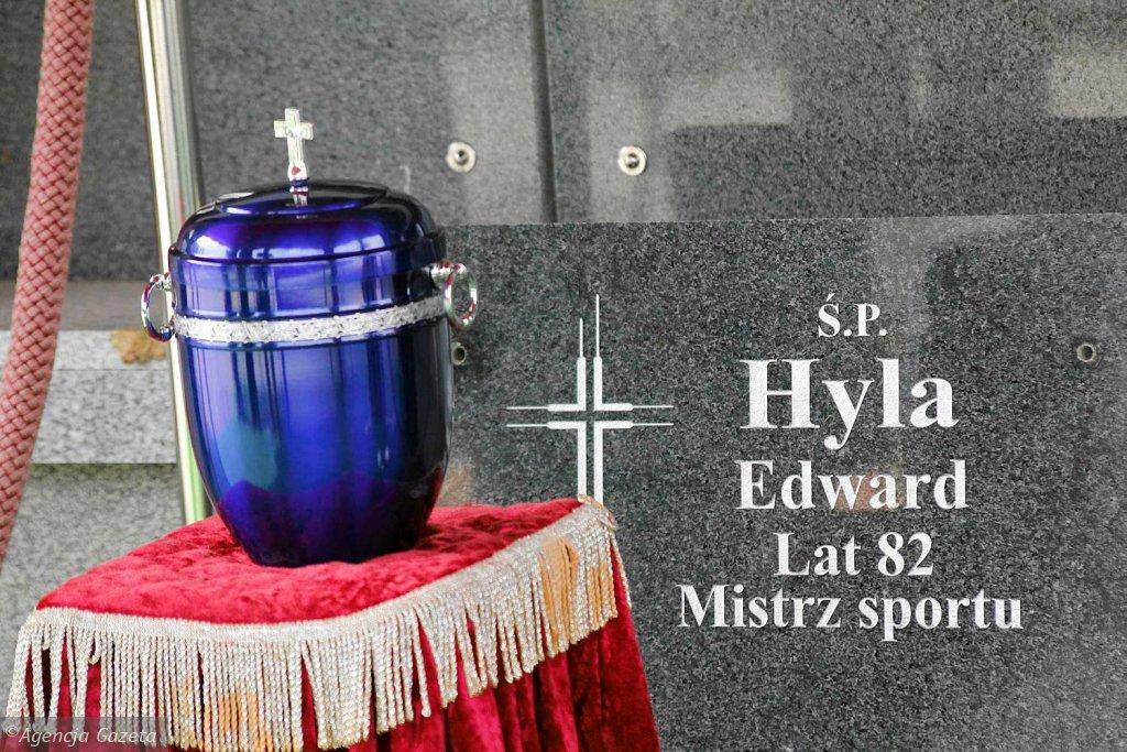 Pogrzeb Edwarda Hyli na cmentarzu w Opolu - Półwsi