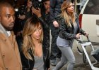 Kim Kardashian na spacerze z rodzin�! Uda�o si� zobaczy� jak wygl�da ma�a North