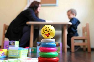 Płacz, ryk i histeryczne wyrywanie się z objęć nauczycielki. Jak przetrwać pierwsze dni w przedszkolu?